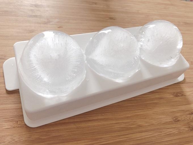製氷皿で作った氷