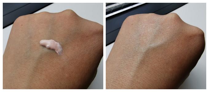 左:みずみずしくてやわらかいテクスチャー。ほんのりピンクがかっています。 右:ピンク色が明るめなので、肌の色と合うか不安でしたが、しっかりとなじみ、ワントーンアップさせてくれます。のびもバツグン!