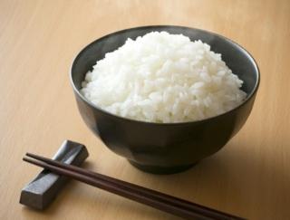 「涙箸」「洗い箸」「迷い箸」……悪いマナーでお箸を使ってない?~ダイエットに役立つ栄養クイズ~