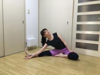 バレエダンサーが教える、夏に「あるある!」な体の不調改善エクササイズ
