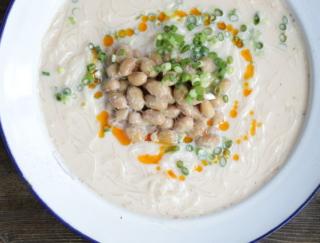 夏の定番! そうめんをアレンジ。時短で作れる「納豆冷やし担々風そうめん」#腸活レシピ