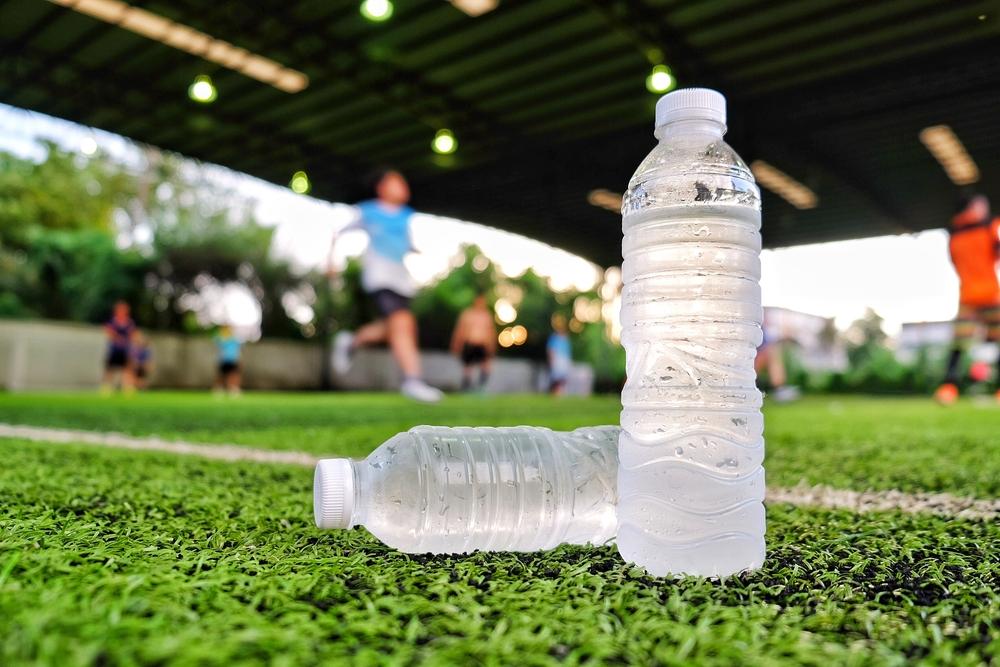 ペットボトルの水2本