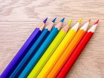 7色の鉛筆画像