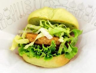 動物性食材・五葷不使用のモスバーガーの新商品、グリーンバーガー<テリヤキ>を食べてみた