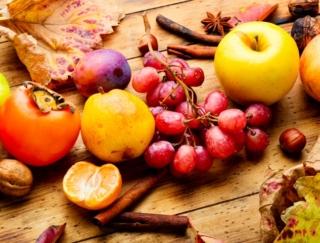 ぶどう、りんご、柿、いちじく。「二日酔い」によいとされる秋の果物は?~ダイエットに役立つ栄養クイズ~